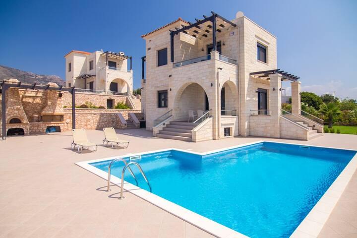 Philoxenia Luxury Stone Villa