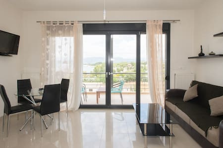 Kyparisia on the beach apartment - Apartament