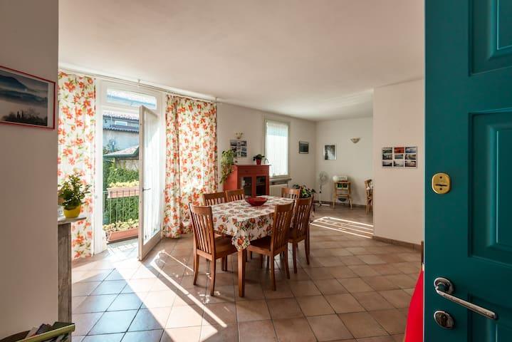 """Casa di Pusiano""between Como-Lecco - Pusiano - Lägenhet"
