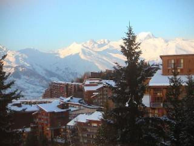 Vue  mont blanc - skis au pied - 5/7 personnes