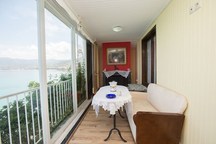 Beach house with the best view - Kalamata - House