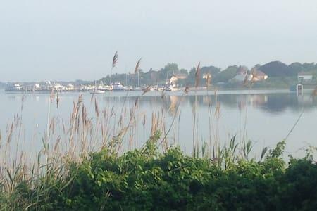 Duffy's on Lake Montauk - Montauk - Bungalow