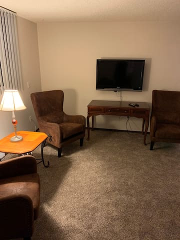 Spacious 2 bed 2 bath home away from home
