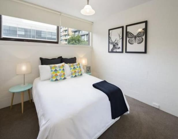 Melbourne CBD and St.Kilda (with parking) - Melbourne - House