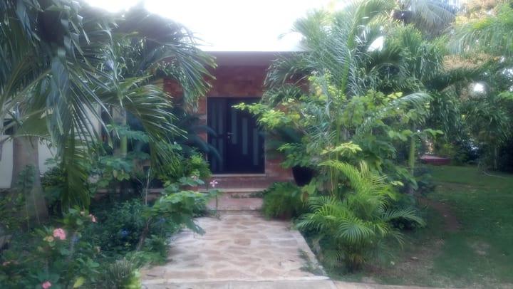 Villa Monroy Hau