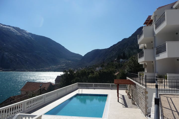 B7 Kotor View - Spectacular View, Pool & Garden