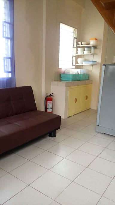 Entire apartment in iloilo apartments for rent in for Bathroom cabinets philippines