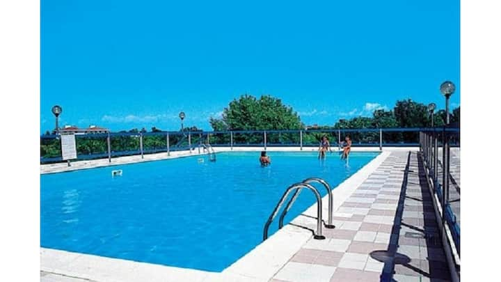 Grazioso bilocale in residence con piscina