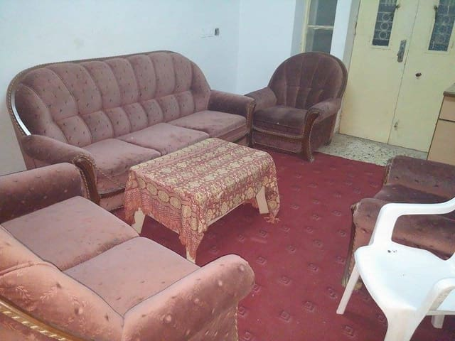 Shared room Near Birzeit Pharm. Co - Ramallah - Casa