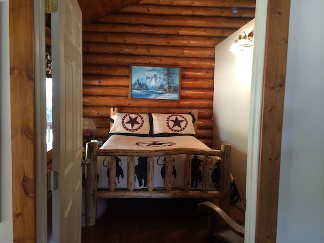 Metcalf Ranch Bunkhouse - Big Timber