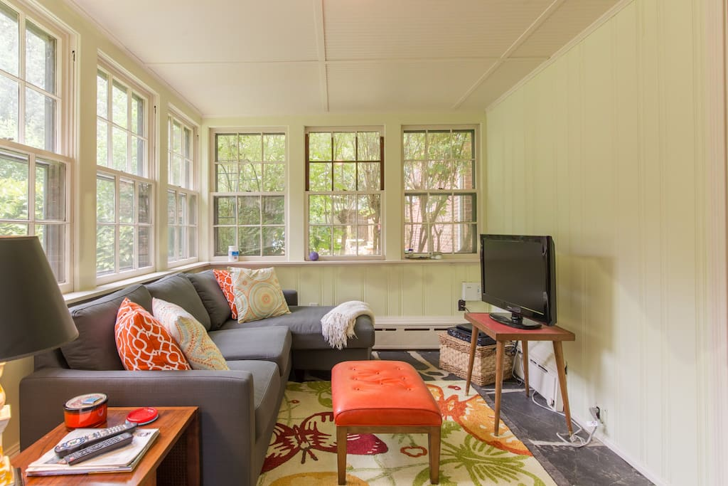 Quiet & Cozy Home in Forest Hill