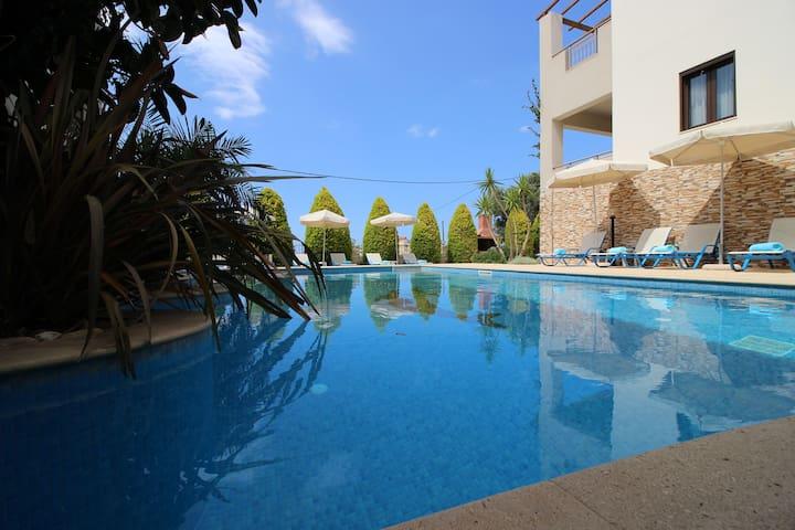 Villa Prinos Resort, Beheizter Pool, Meerblic,