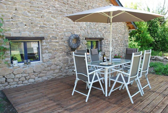 Prachtig vakantiehuis - Champagnac La Noaille - House