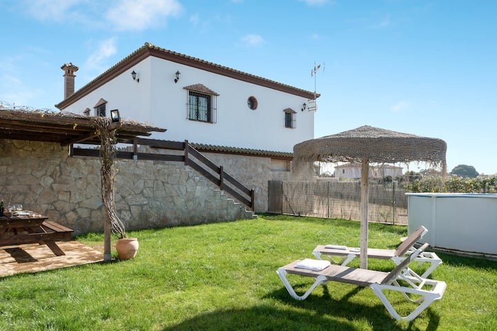 Rural Home Chalet Acebuche with a Private Pool (open from April 1st to October 31st), Garden, Terrace, AC & Wi-Fi; Parking Available