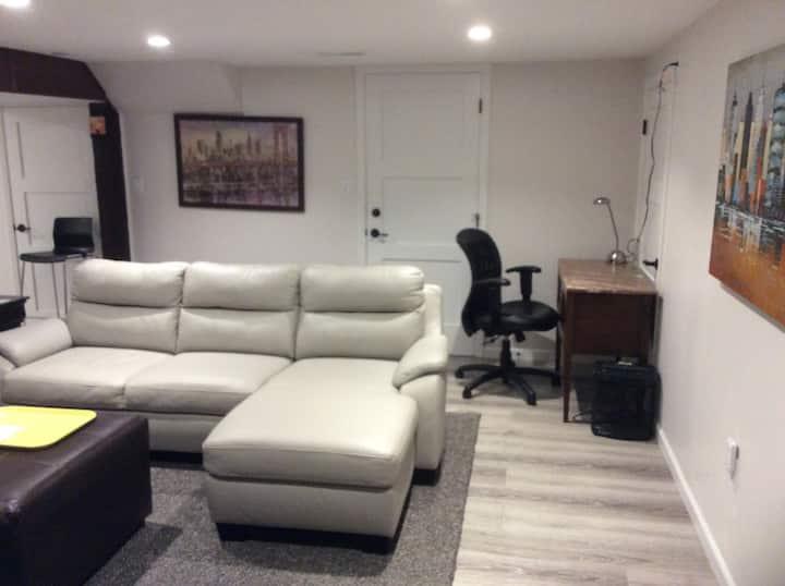 Brentwood Garden Suite