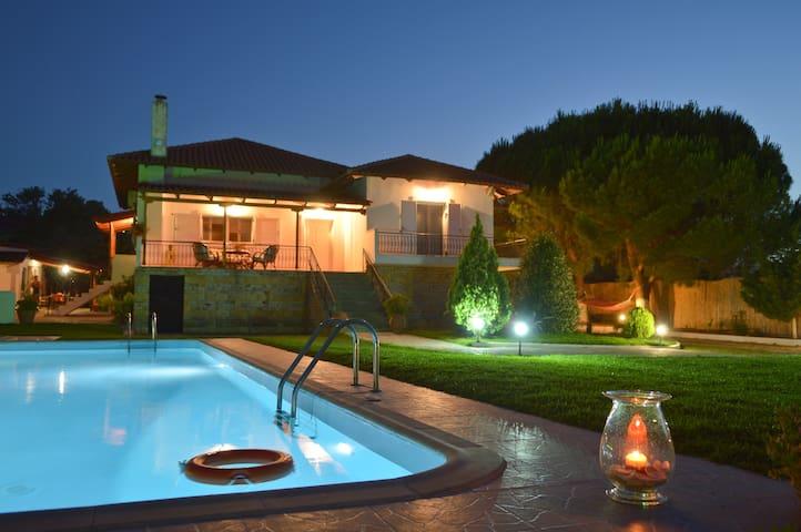 Villa Dimeon  paralia kalamakiou - Paralia Kalamakiou - Maison