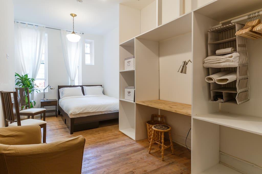 ideal manhattan escape 4 wohnungen zur miete in new. Black Bedroom Furniture Sets. Home Design Ideas