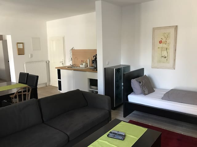 Privates 3 Pers. Apartment mit Bad - Essen - Apartamento