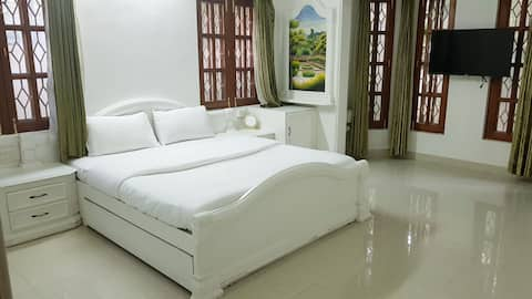 Boutique Room in a beautiful villa Koramangala