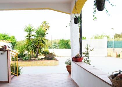 Country house Basilicò Siracusa - Costa Saracena - Castelluccio