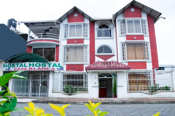 Fresh and Clean Hostel for U!  Hostal Casa blanca.