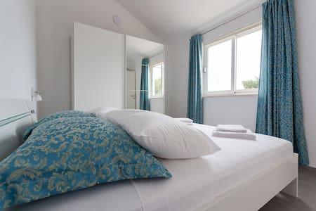 Villa Dingac Silver Apartment - Potomje - Apartment