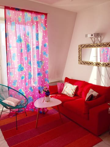Mexican vibes in the center of Paris - Apartments for Rent in Paris ...