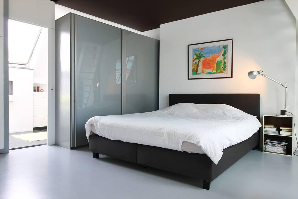 One bedroom loft city center brugge lofts for rent in for 3 bedroom lofts