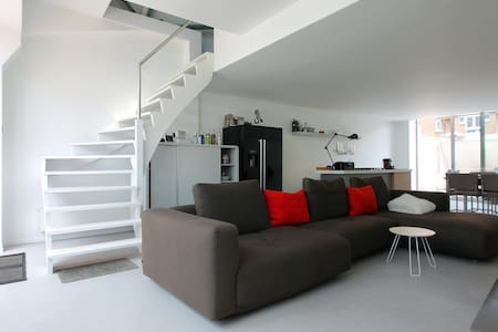 One-Bedroom Loft city Center Brugge - Brügge