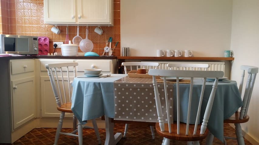 Picturesque town home sleeps 5 - Shipston-on-Stour - Casa