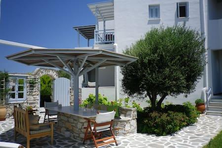 Liana Marouli Apartments 2