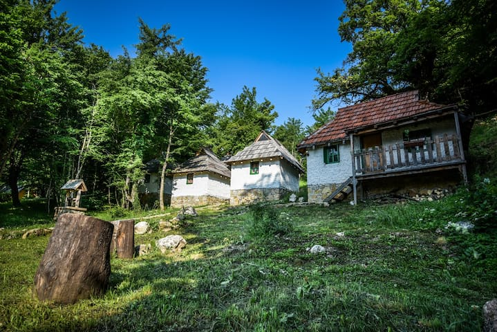 Rafting Camp Divlja Rijeka - Foča - Bungalow