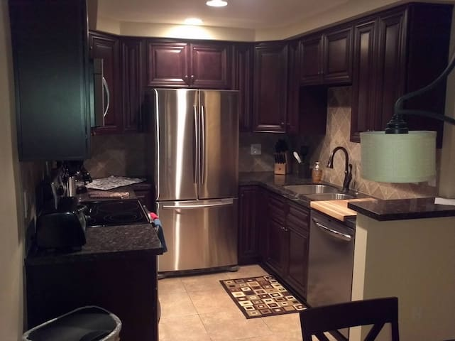 1 Bedroom Condo in Cathedral City