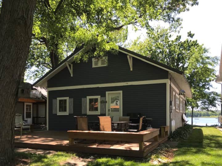 Summer Lake Cottage - Book early for 2021 sun!