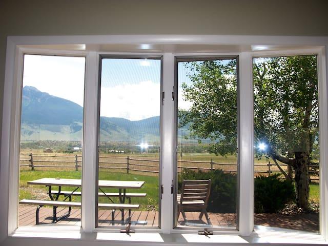 Relaxing Country Retreat - Livingston - Haus