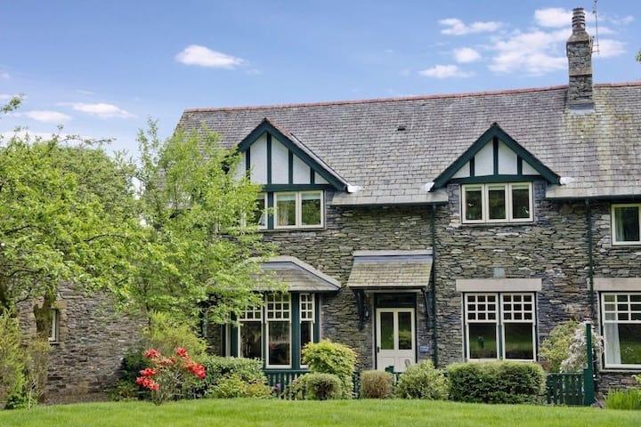 Luxury 5 star property - Pudding Cottage Ambleside