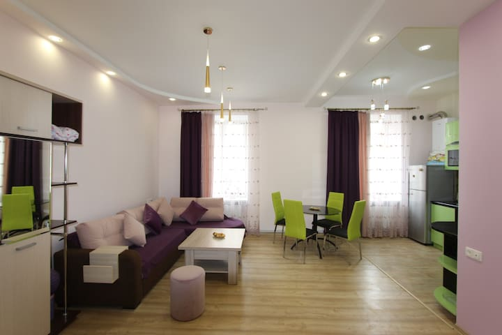 Modern Apartment in a Central Place Baghramyan 23