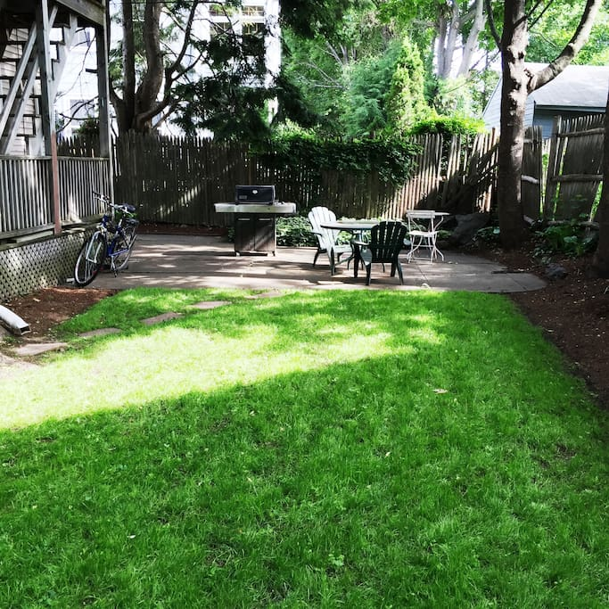 Sweet n' shady backyard offers a cool sanctuary in the heat of summer. Used only by one other (1st floor condo owner.)