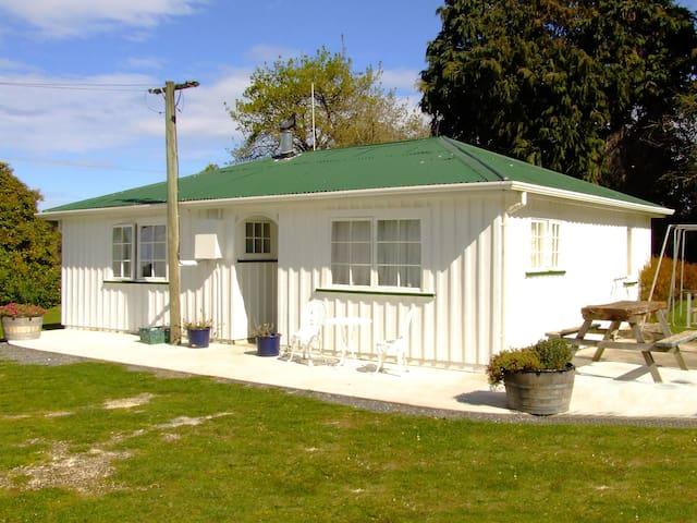 Farmers Cottage