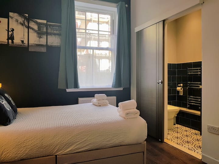 Victorian flat in Old Town newly reformed