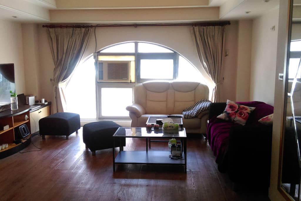 Spacious living room on the 2nd floor