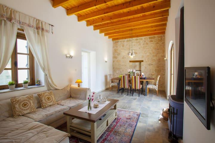 Mesogi Stone Cottage WiFi, Paphos