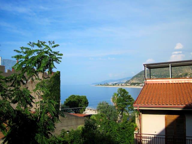 Casa Colapesce a Castel di Tusa - Castel di Tusa - Appartement