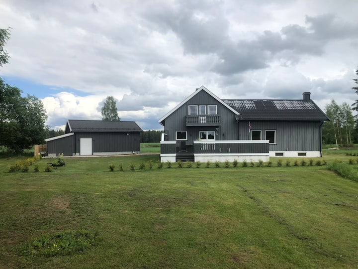Room for rent. Near Oslo Gardermoen airport.