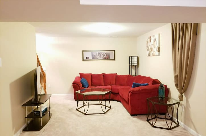 Large Private Basement Apartment!