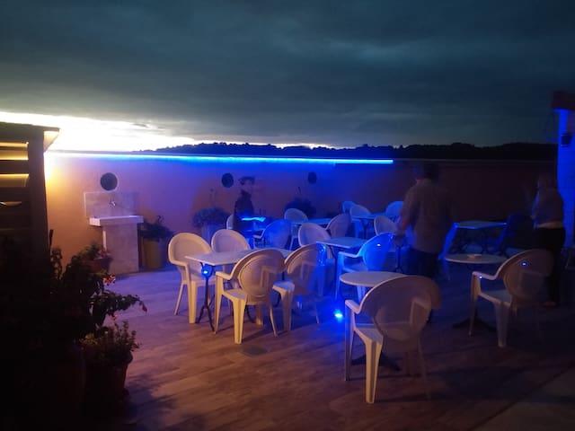La Fontaine du Vercors 5: super B&B - Saint-Thomas-en-Royans - Bed & Breakfast