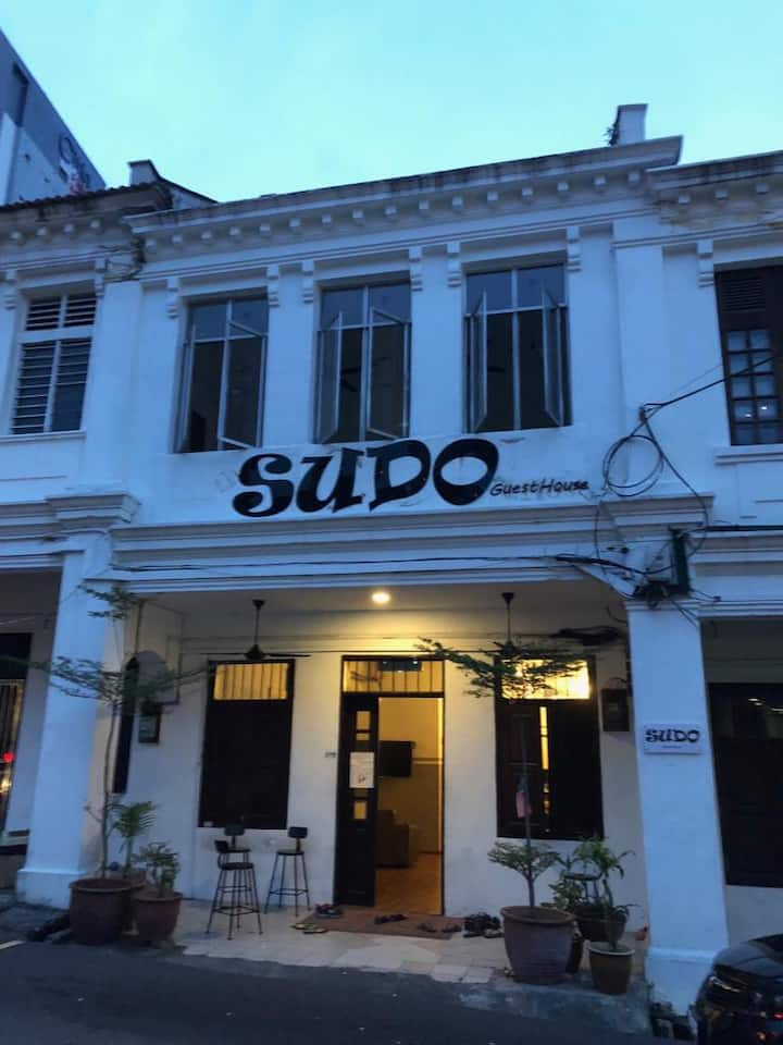 SUDO GuestHouse - 8 Bed -Female Dorm