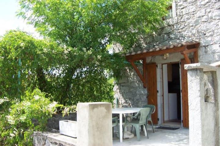 Gîte dans une maison de caractère sud Ardèche (2)