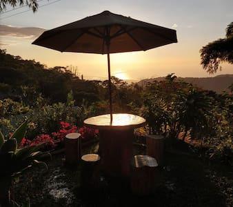 Villa Lourdes-Casa Campestre/Hostel, Desayuno