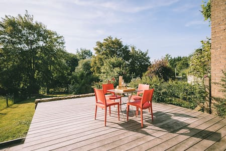 Duplex avec jardin - proximité Citadelle & centre
